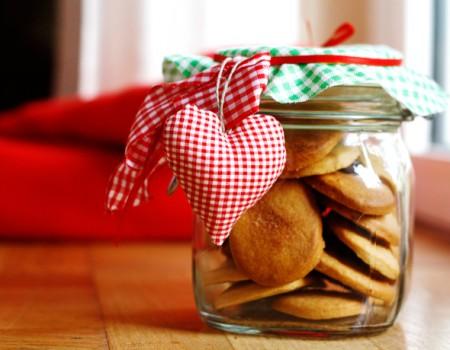 Biscotti con cannella e zucchero di canna