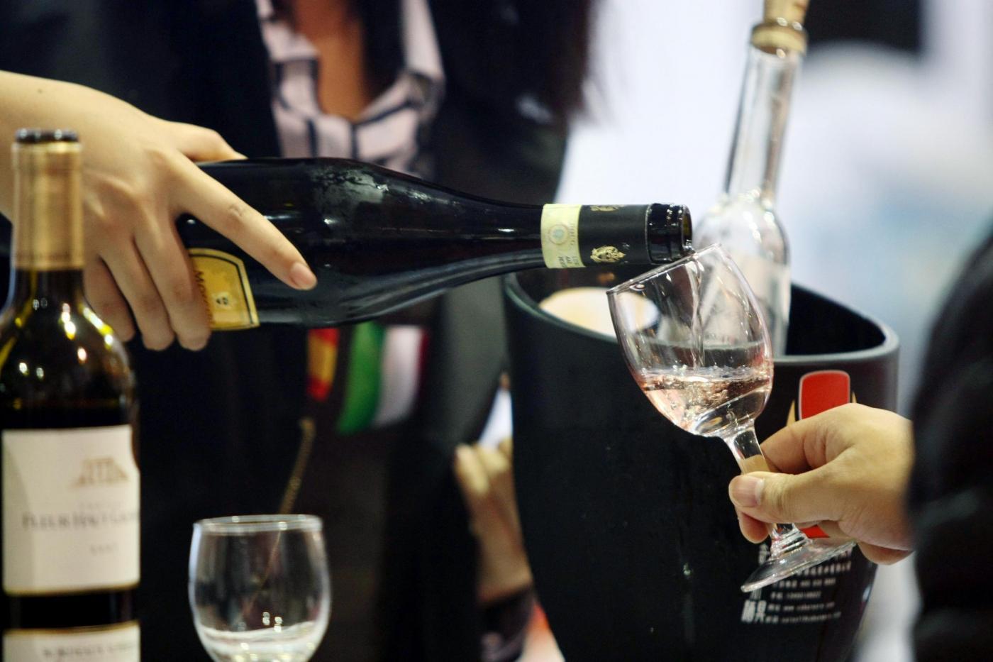 Come abbinare i vini al cibo: consigli utili