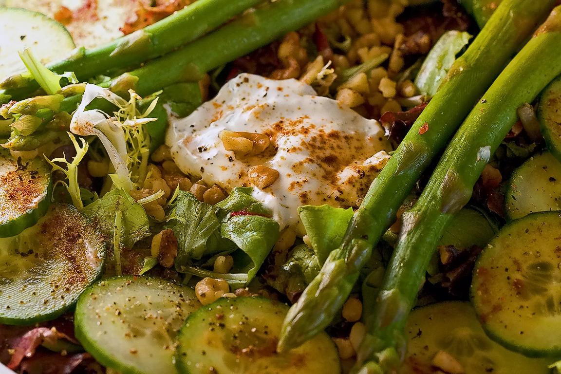 insalata zucchine radicchio e asparagi