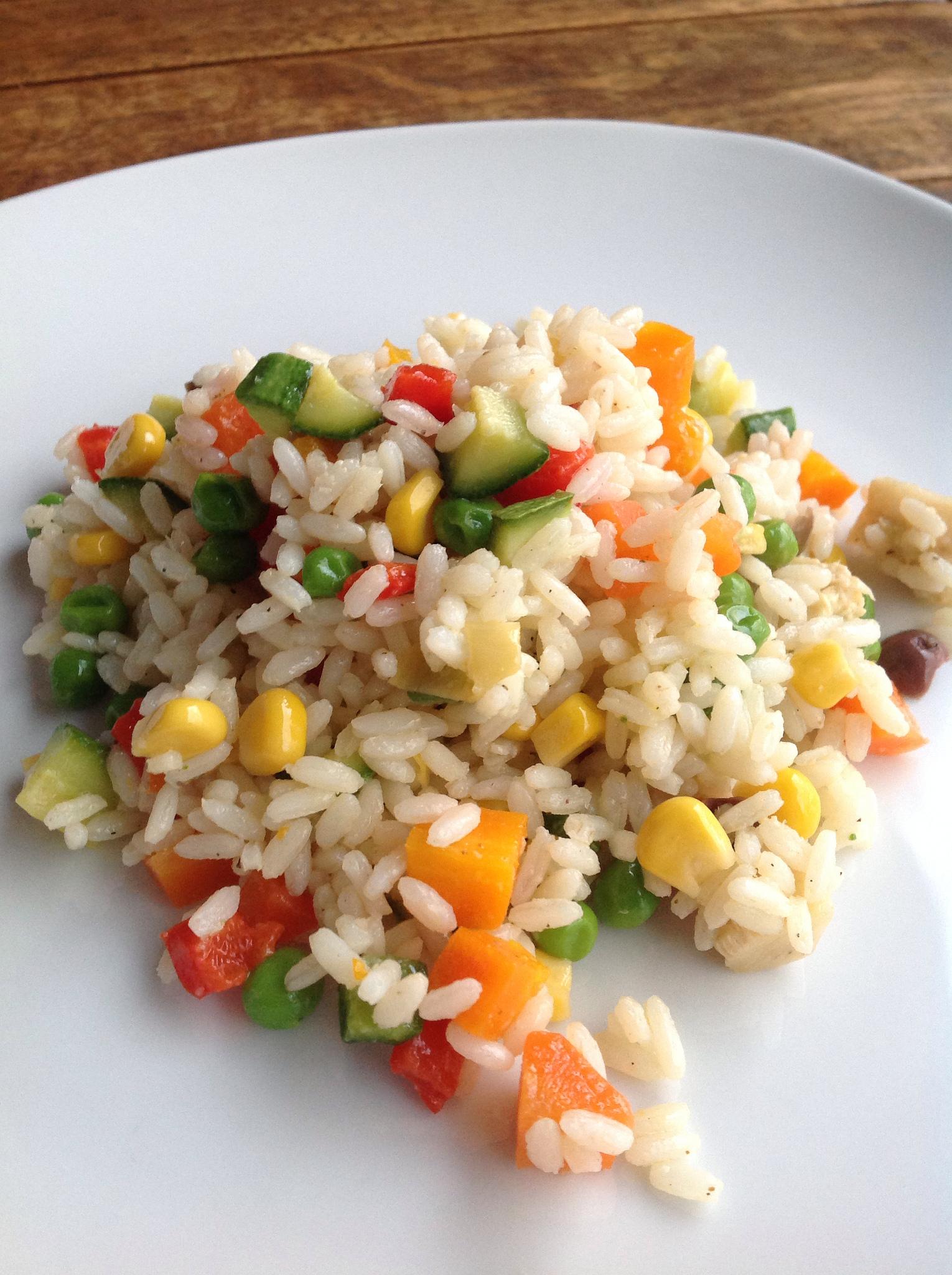 Insalata di riso, le 12 ricette più semplici, veloci e leggere