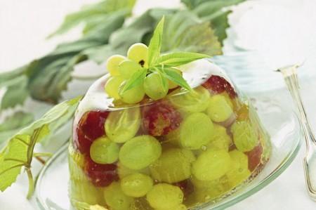 Macedonia di uva allo zenzero