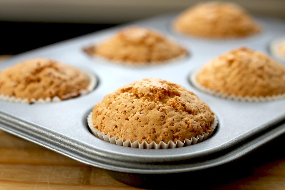 Muffin con mozzarella, olive e zenzero