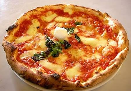 Pizza margherita classica
