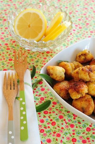 Polpette di petto di pollo e pecorino