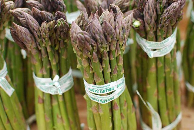 secondi piatti con asparagi