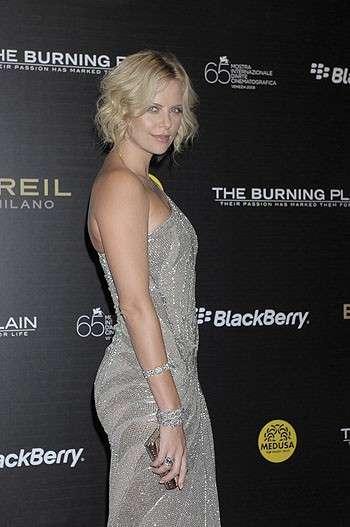 """Charlize Theron: """"non mi sposerò mai""""!"""