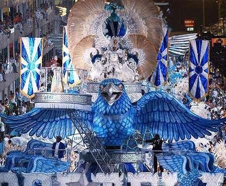 Carnevale 2009: Rio de Janeiro e le sfilate a ritmo di samba