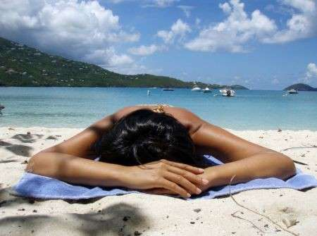Eritema solare, consigli per prevenirlo