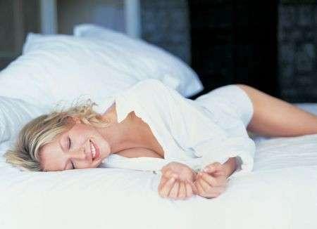 Dimagrire: dormire bene aiuta la linea