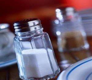 Ipertensione: controllarla con alimenti poveri di sodio