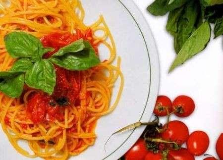 Dieta Mediterranea per vivere più a lungo