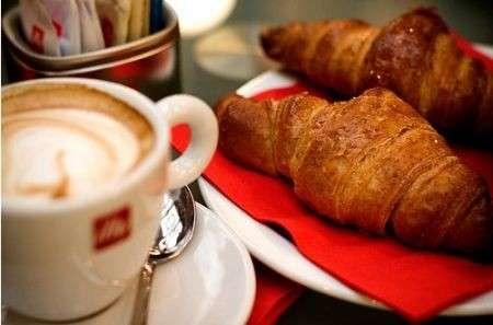 Fare colazione abbassa il colesterolo (cattivo)
