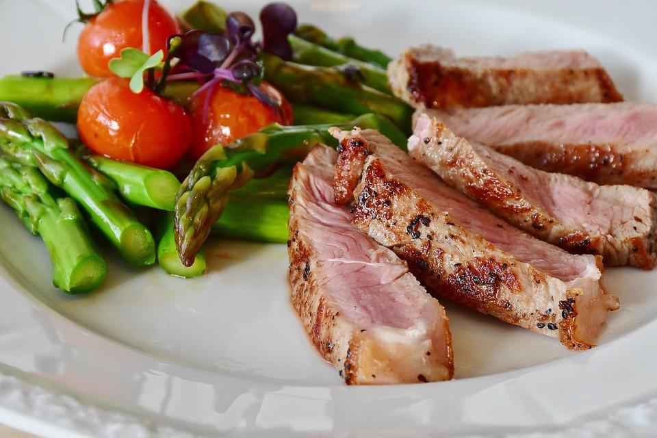 dieta vegetariana flessibile o flexitariana per non rinunciare alla carne