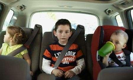 Estate 2009: viaggiare in auto con i bambini