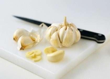 tagliare aglio