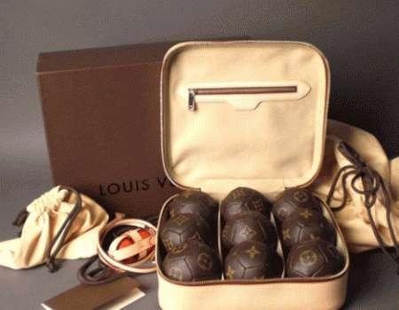 Louis Vuitton accessori: le bocce di lusso
