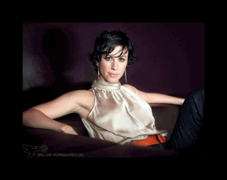"""Anoressia, Alanis Morissette: """"i miei problemi con il cibo"""""""