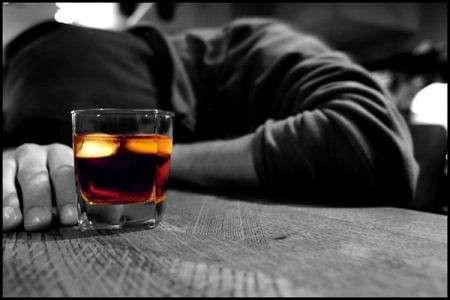 Alcool in gravidanza e insonnia bambino: che relazione?
