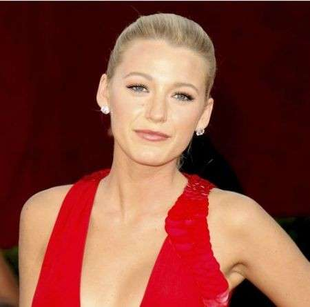 Star look: il make up di Blake Lively