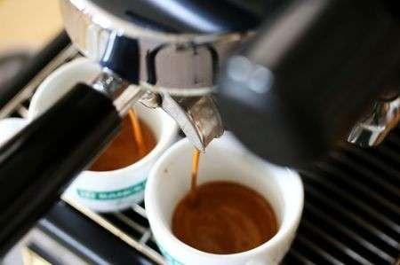 Dieta Mediterranea, bere poco caffé per salvare il cuore