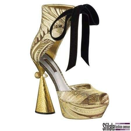 Louis Vuitton scarpe oro