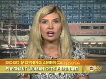 Una donna è rimasta incinta due volte contemporaneamente