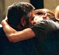 Clooney Canalis: il bacio