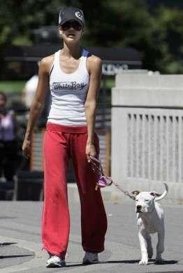 Perdere peso: Jessica Alba si allena con la Wii