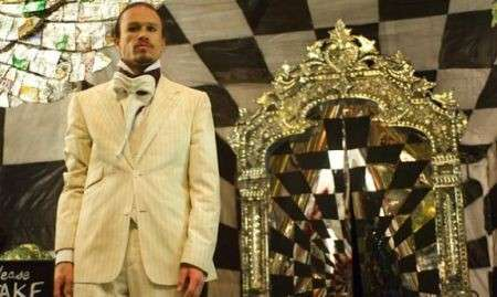 Cinema: Parnassus- L'uomo che voleva ingannare il diavolo. Recensione