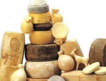 Dieta ipocalorica: funziona meglio se si mangiano formaggi