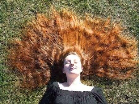 Colore capelli: riflessi naturali con l'hennè
