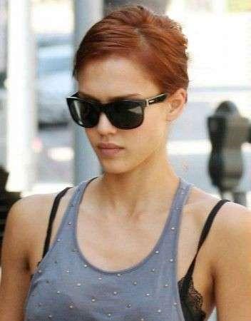 Colore capelli: Jessica Alba rossa
