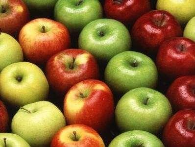 Una mela al giorno, toglie i chili di troppo di torno