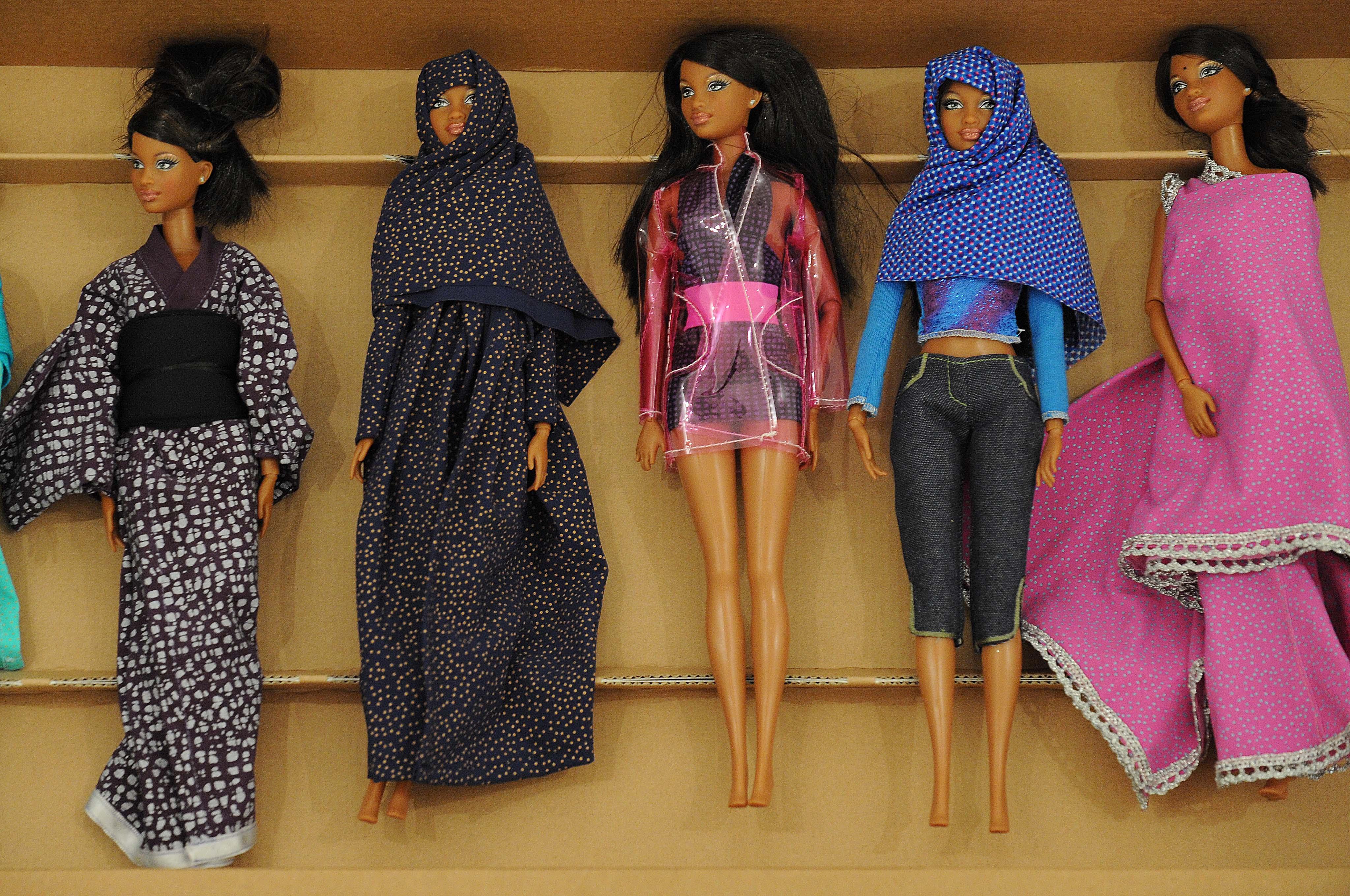 Curiosità: la Barbie diventa internazionale