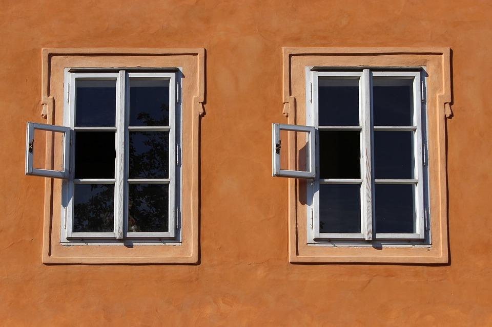 Bricolage: evitare le fughe di calore dalle finestre