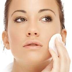 Creme e trucco: rischio di allergie alla pelle