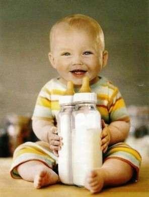 Obesità infantile: con il latte i bambini sono più magri