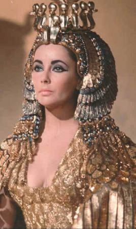 Make up di Cleopatra: il primo trucco salutare della storia