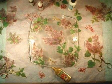 Decoupage su piatto di vetro