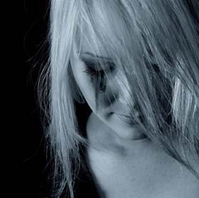 Essere tristi senza motivo: la disforia
