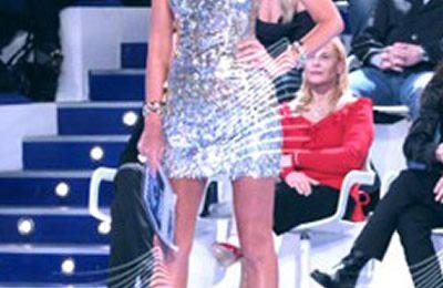 Grande Fratello 10: Alessia Marcuzzi sceglie ancora un abito Versace