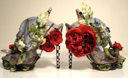 Alice in wonderland: nel mondo della moda è già mania