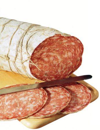 Troppa carne ed insaccati per il 60 % degli italiani