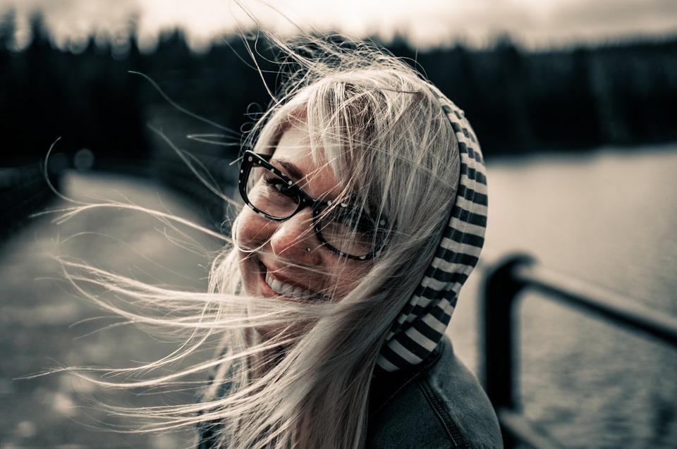 Internet: scegliere gli occhiali online