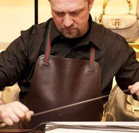 Gucci e l'Artisan corner:ecco come nasce una borsa