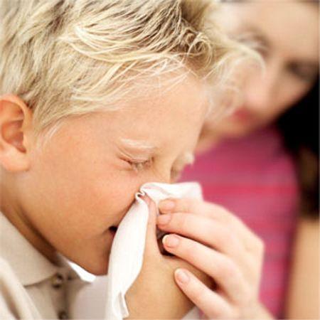 Gravidanza: minore incidenza di allergie nei nascituri se la mamma assume il pesce