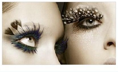 Make up: ciglia finte, istruzioni per l'uso