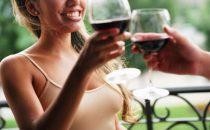 Due bicchieri di vino rosso al giorno aiutano la dieta