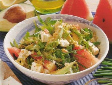 Perdere peso: l'insalata tropicale