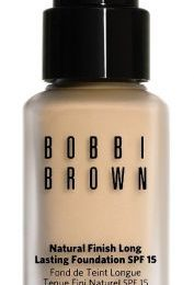 Make up: Natural Finish Foundation di Bobbi Brown
